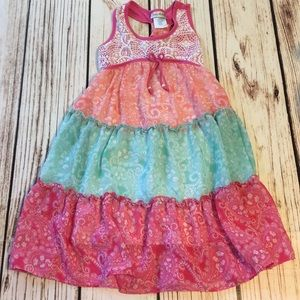 🦄Play-preloved multi layer dress size 7